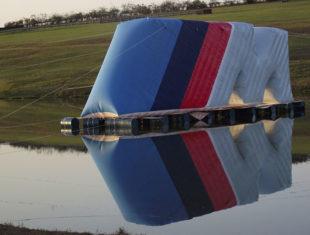 Réplica e Displays Infláveis - BMW